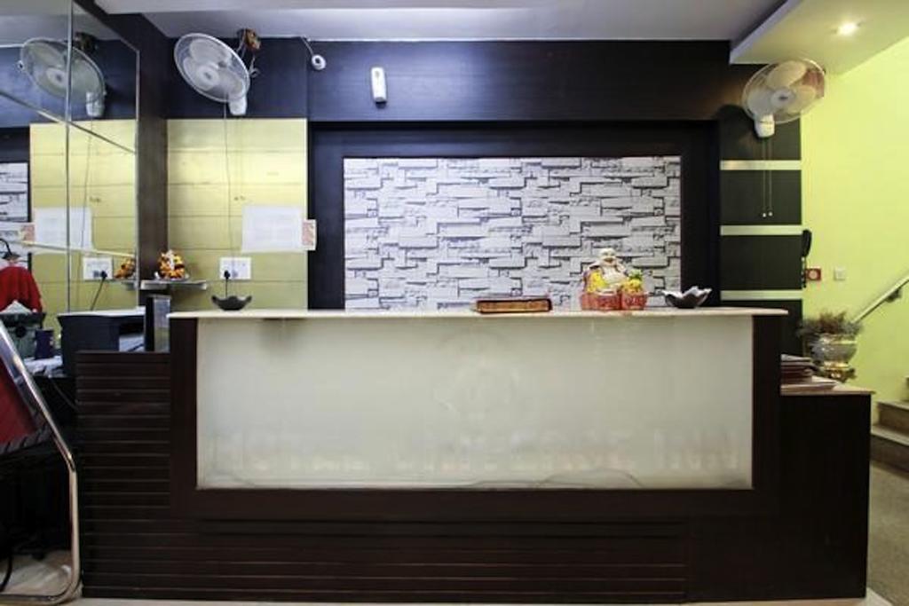 Фото Hotel Universe Inn 2*