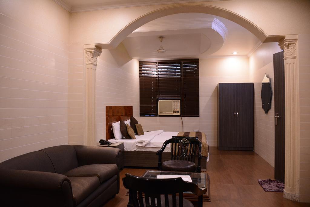 Отель Bill Palace Индия Дели
