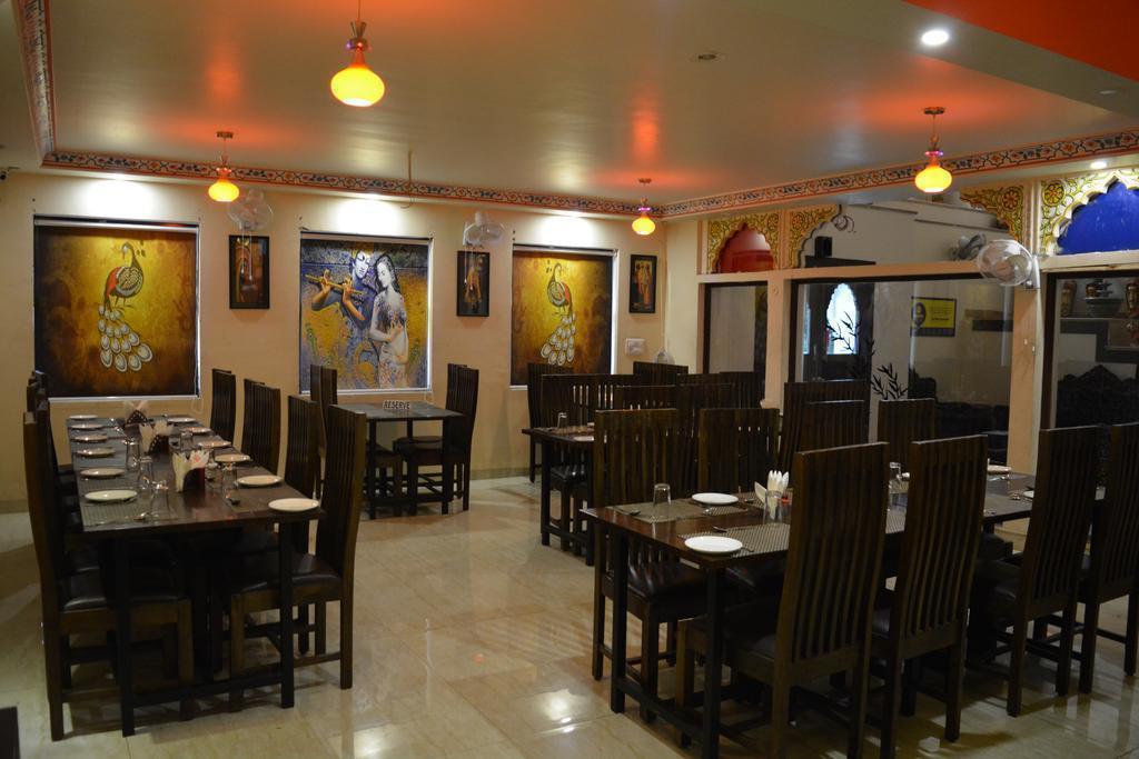 Фото Hotel Laxmi Niwas 2*