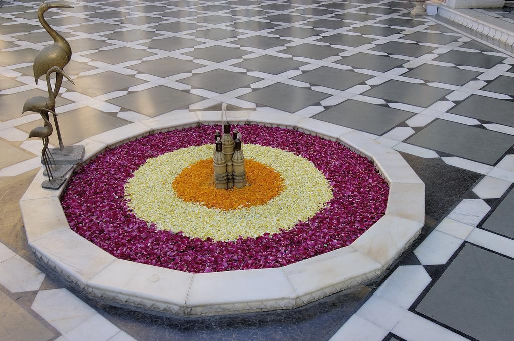 Фото Raj Palace 5*