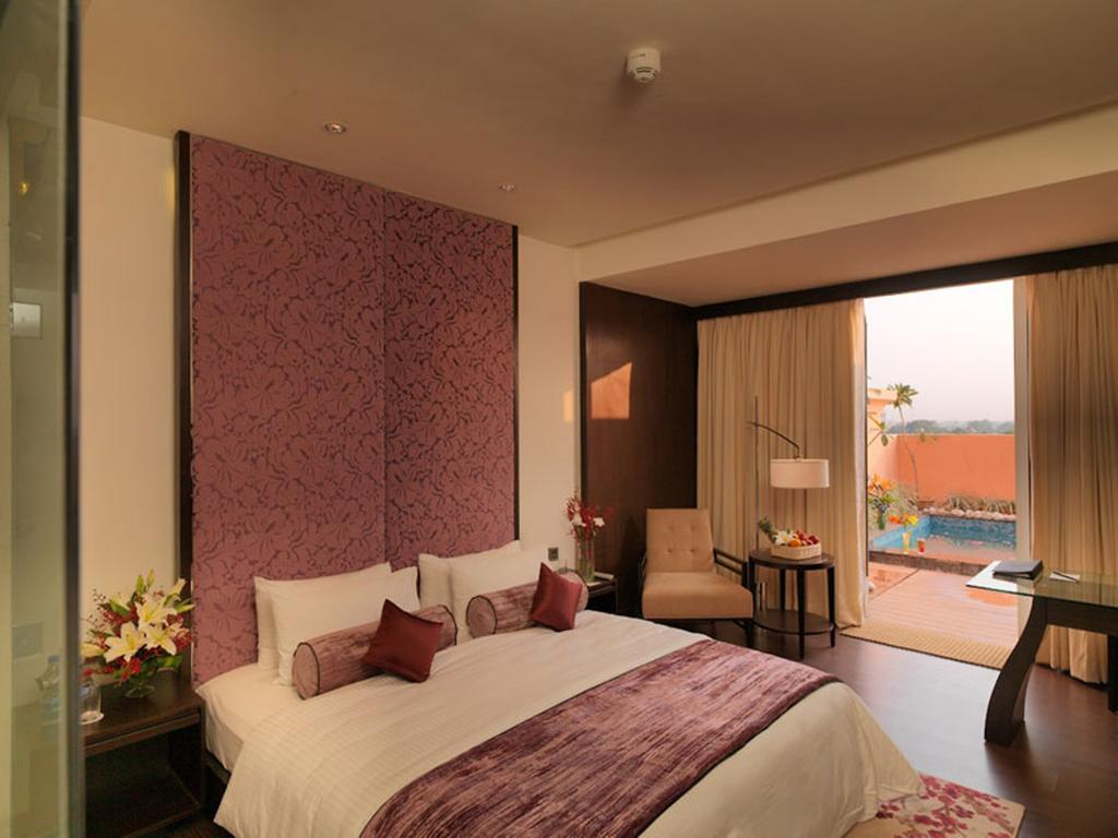 Фото Royal Orchid Central Jaipur 4*