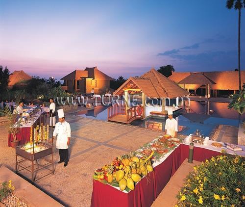 Poovar Island Resort Пувар