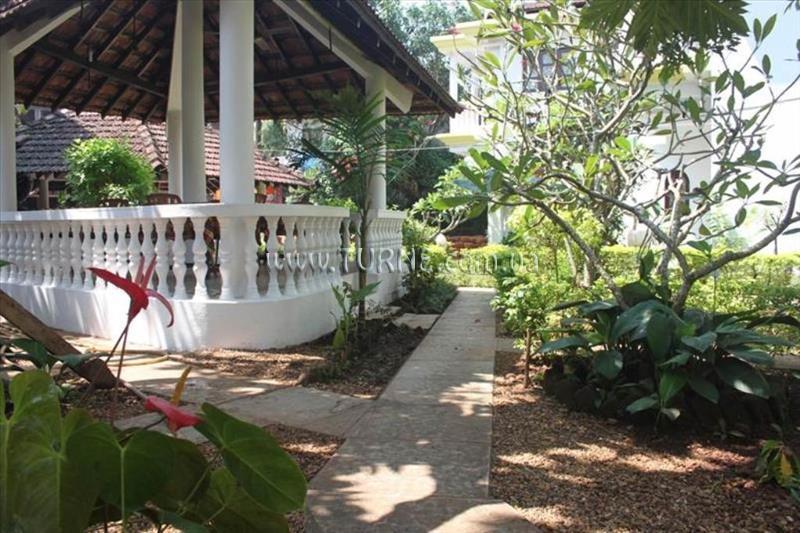 Sunny Holiday Homes