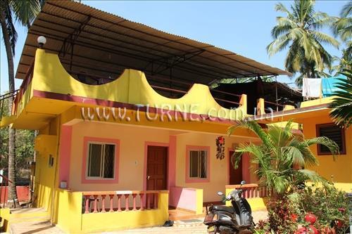 Фото Yellow House Северный Гоа