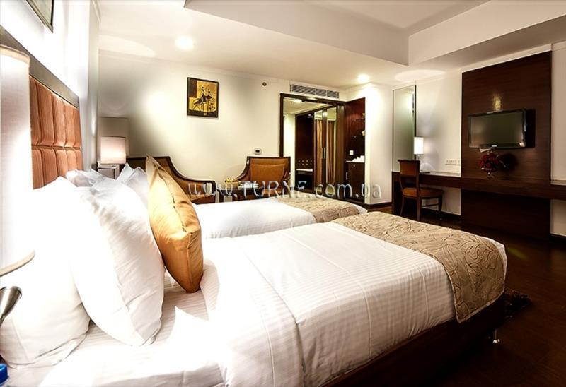 Фото The Golden Crown Hotel Индия Южный Гоа
