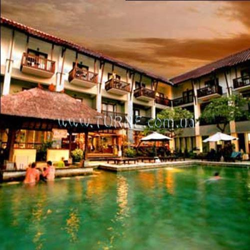 Отель The Lokha Legian Легиан
