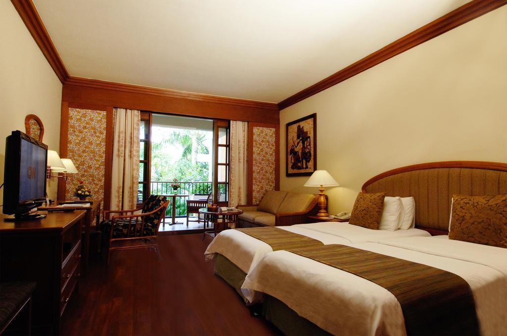 Отель Ayodya Resort Bali Нуса Дуа