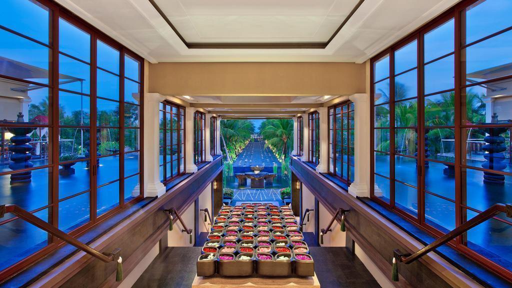 Отель The St. Regis Bali Resort Индонезия остров Бали