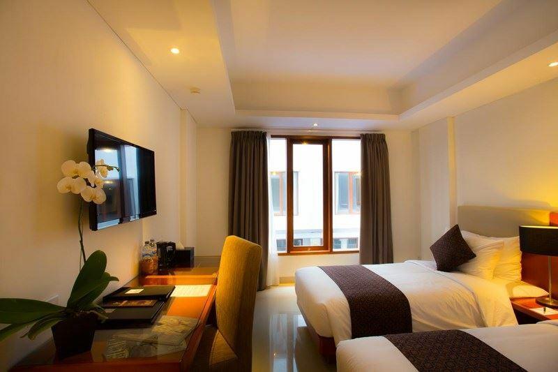 Фото The Sun Hotel & Spa Legian остров Бали