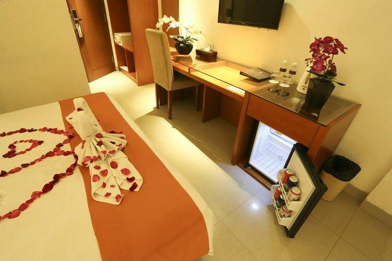 Фото The Sun Hotel & Spa Legian Индонезия остров Бали