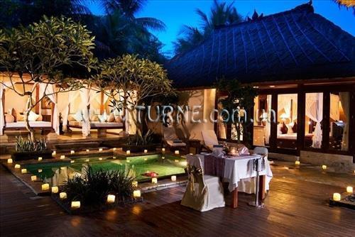 The Ubud Village Hotel at Monkey