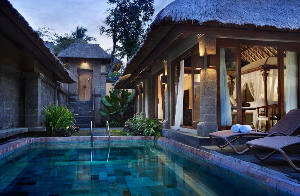Фото Kamandalu Resort & SPA остров Бали