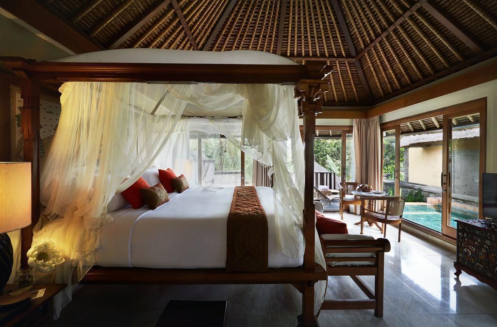 Фото Kamandalu Resort & SPA Индонезия остров Бали