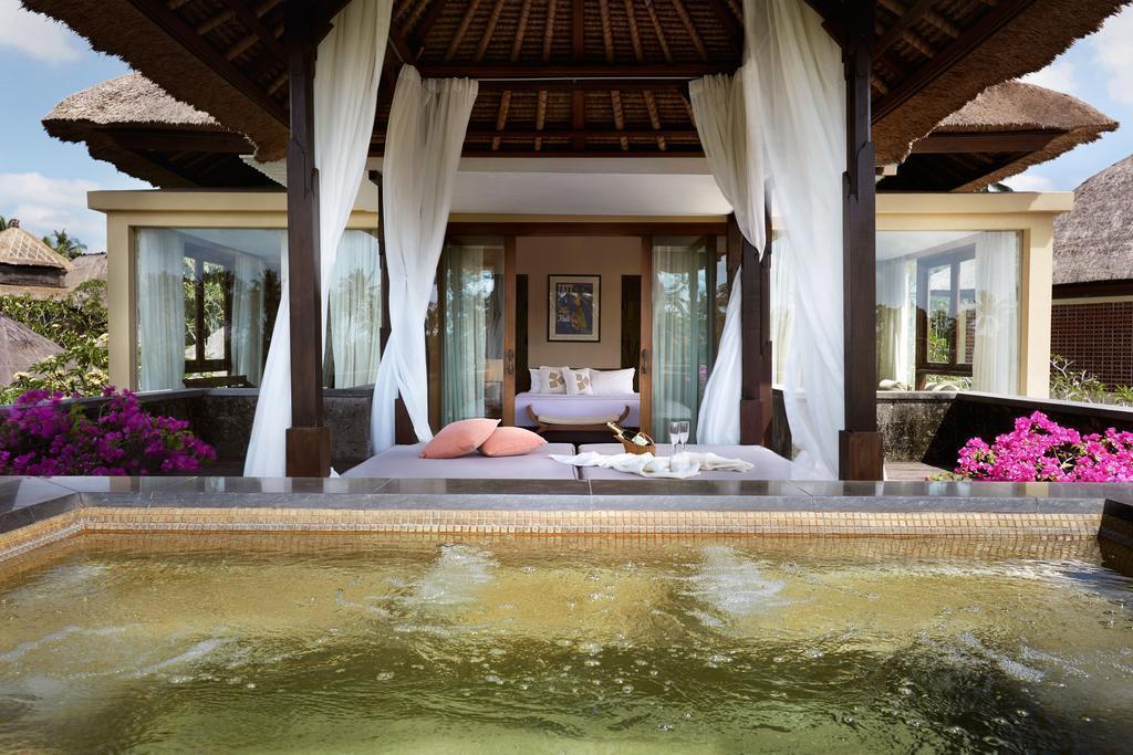 Фото Kamandalu Resort & Spa