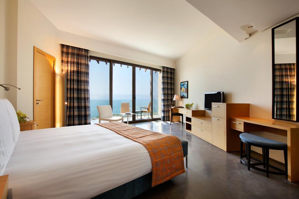 Фото Kempinski Ishtar Dead Sea Hotel