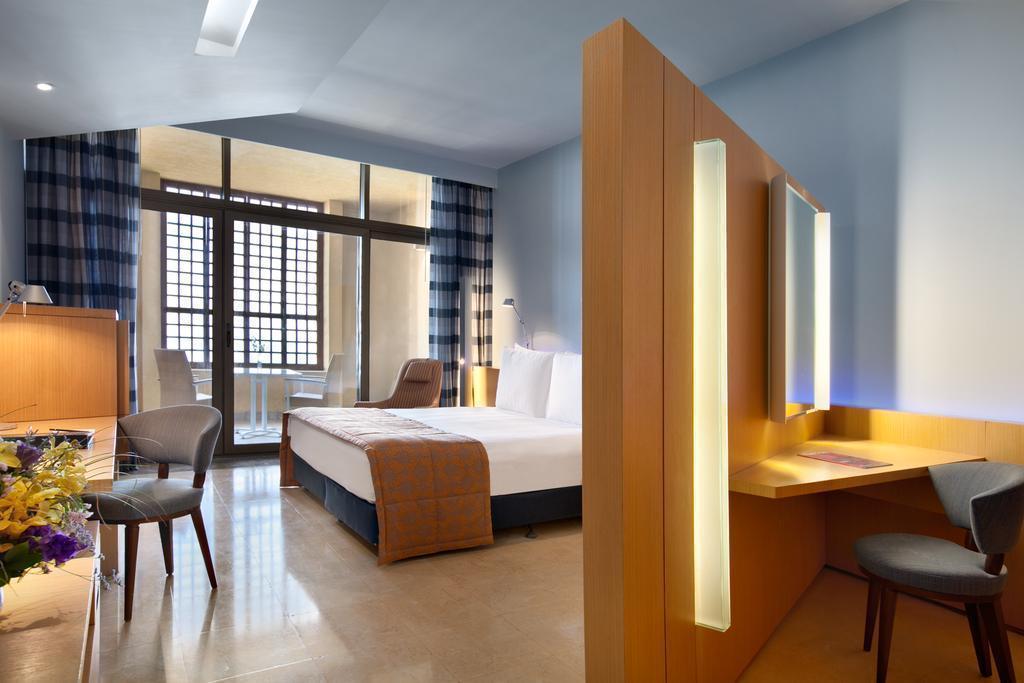 Фото Kempinski Ishtar Dead Sea Hotel Иордания
