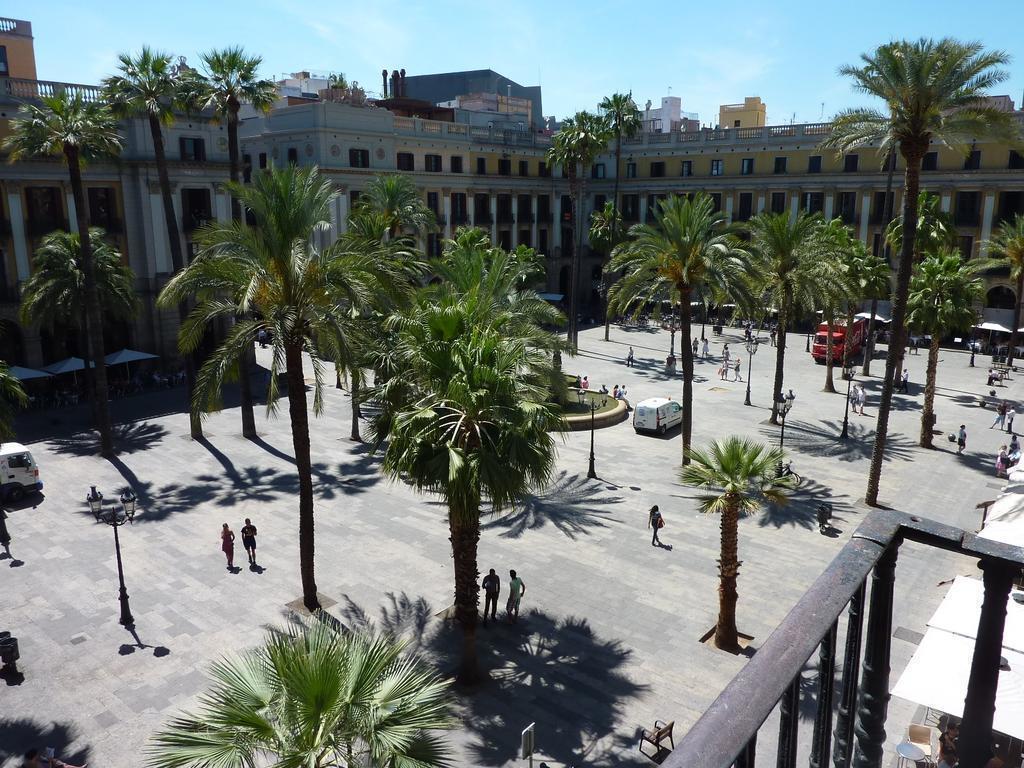 Фото Roma Reial Испания Барселона