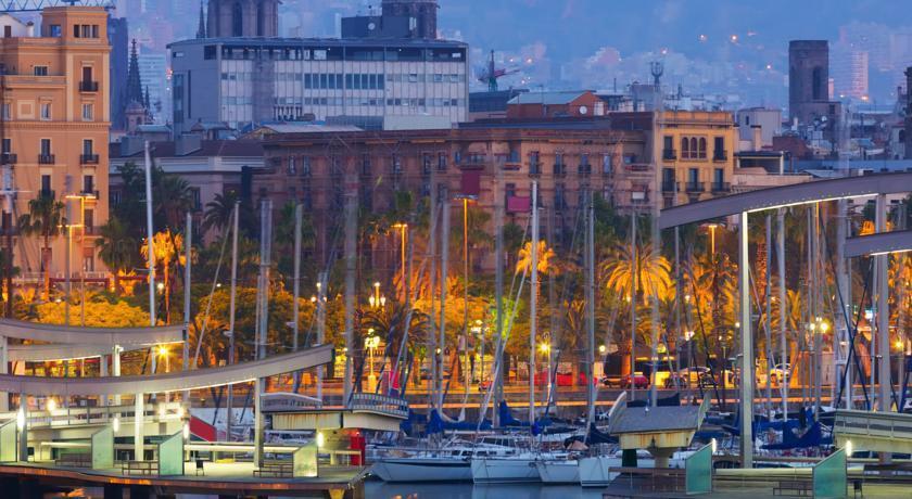 Фото Duquesa De Cardona Испания Барселона