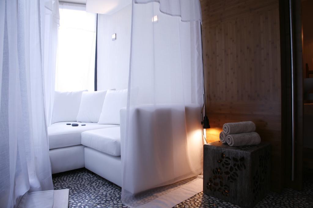 Отель H10 Casanova Испания Барселона