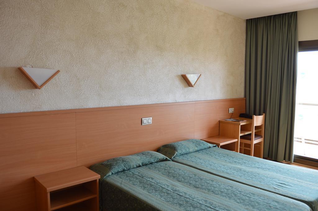 Отель Samba Коста Брава