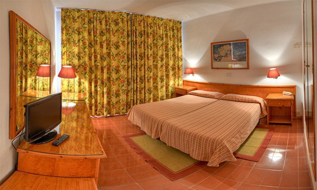 Фото Santa Cristina Hotel Коста Брава