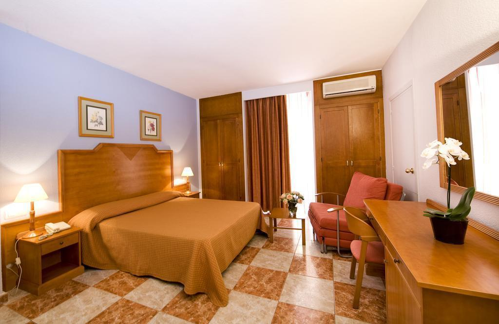 Фото Hotel Rodeo Marbella Коста Дель Соль