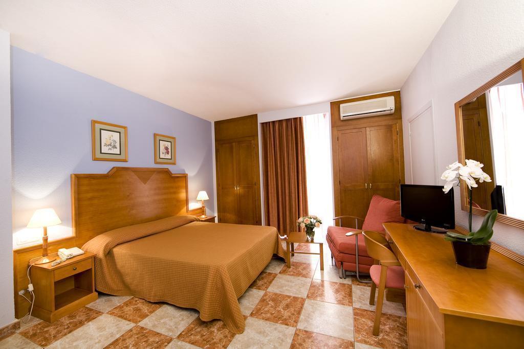 Фото Hotel Rodeo Marbella Испания