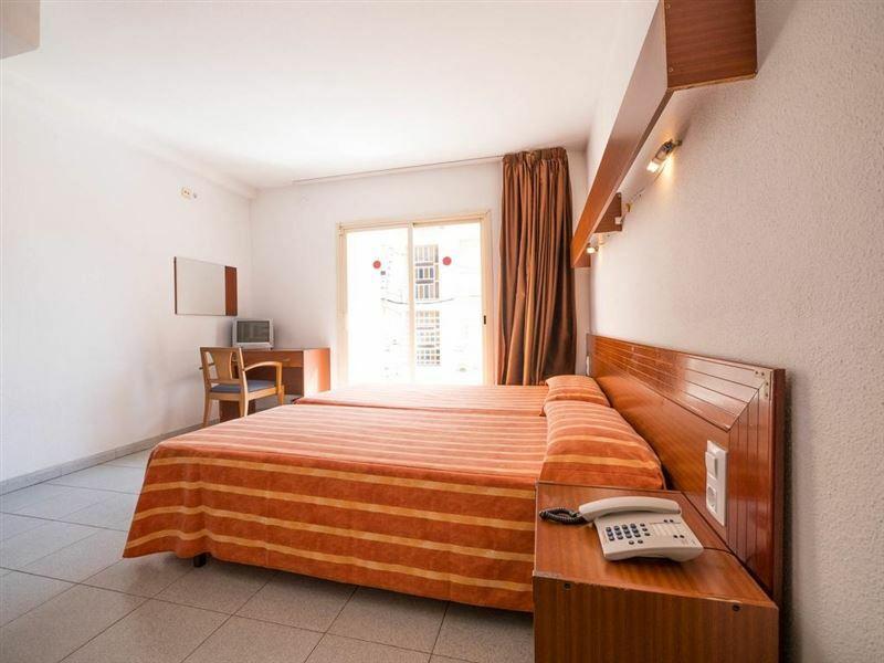 Hotel Checkin Montpalau Испания Пинеда де Мар