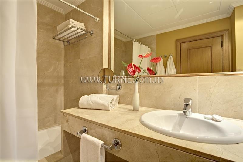 Фото Grupotel Playa De Palma Suites Spa 4*