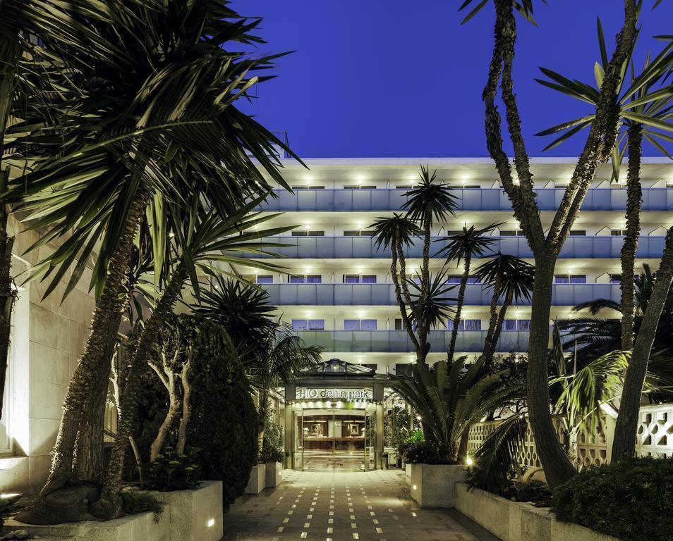 Отель Delfin Park Салоу