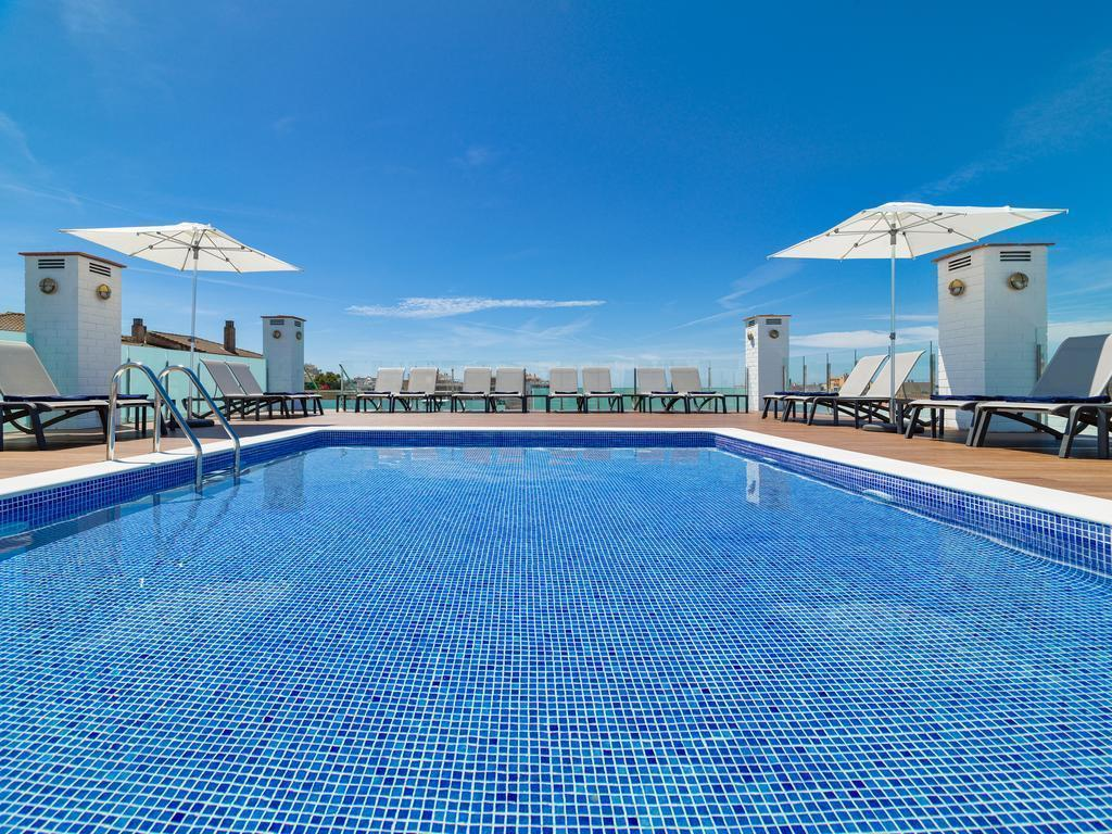 Отель Delfin Park Испания Салоу