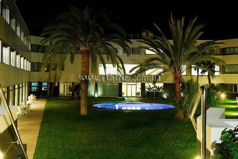 Отель Daniya Alicante Валенсия