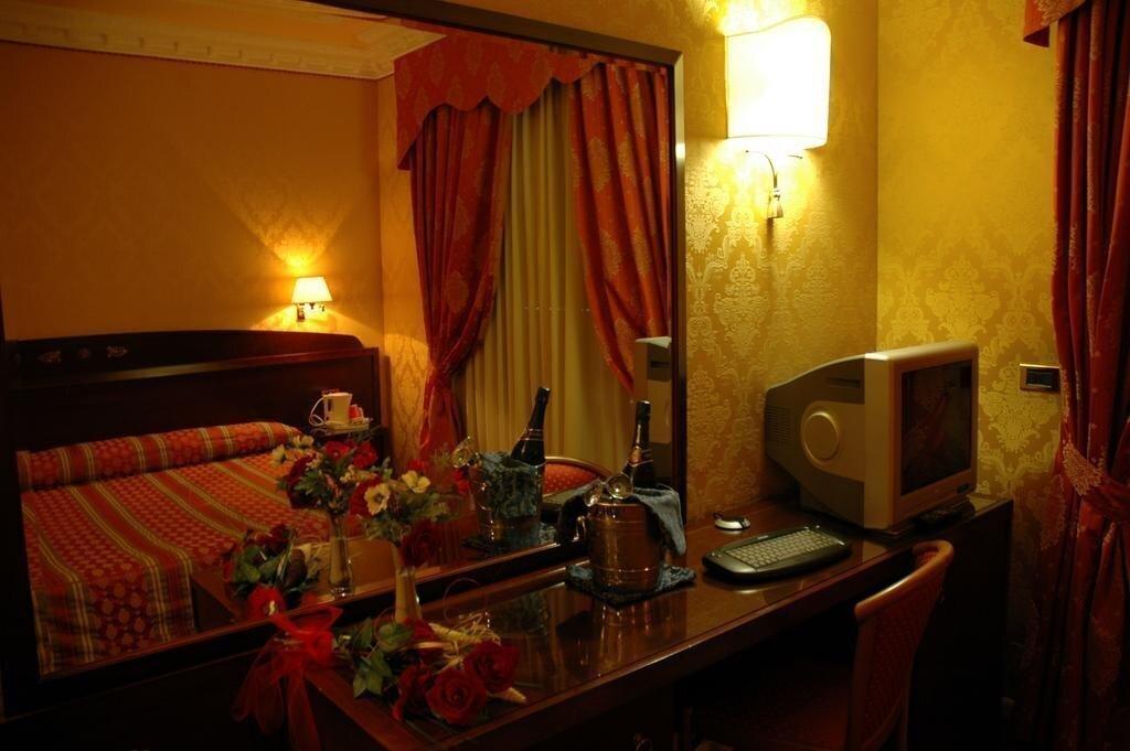 Фото Grand Hotel Dei Cesari 4*