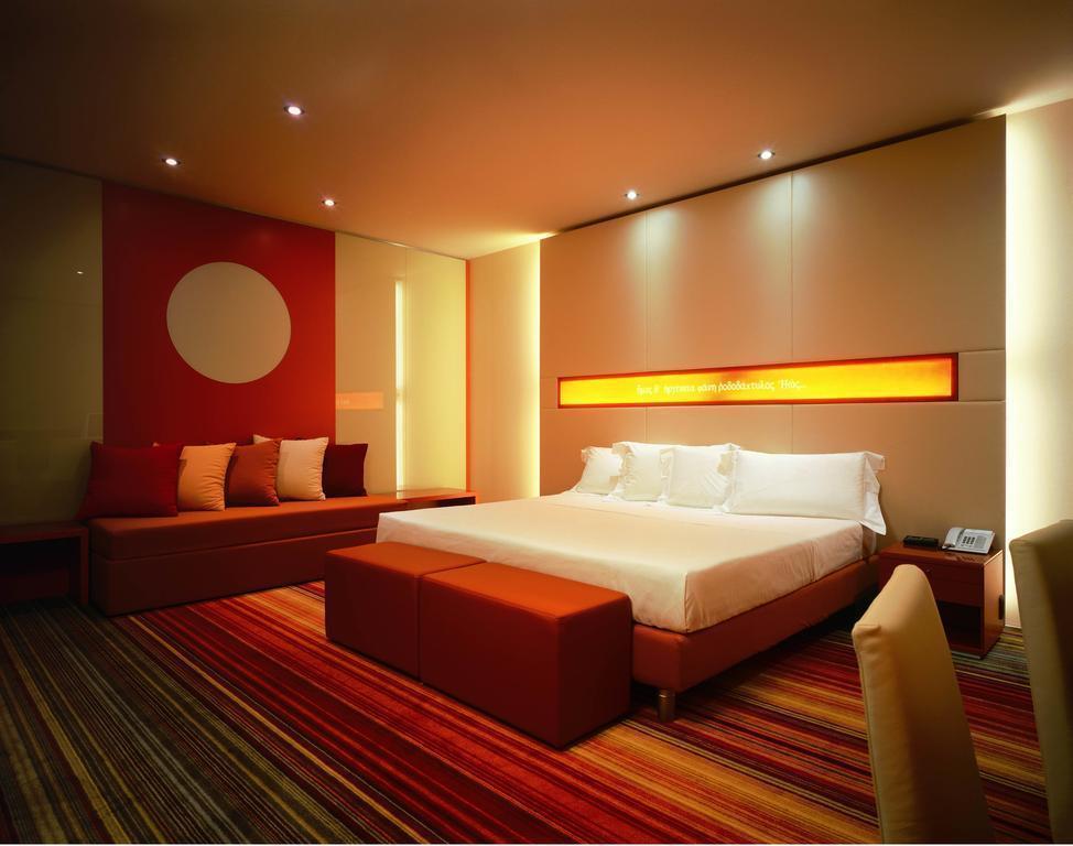 Отель Una Hotel Bologna Болонья