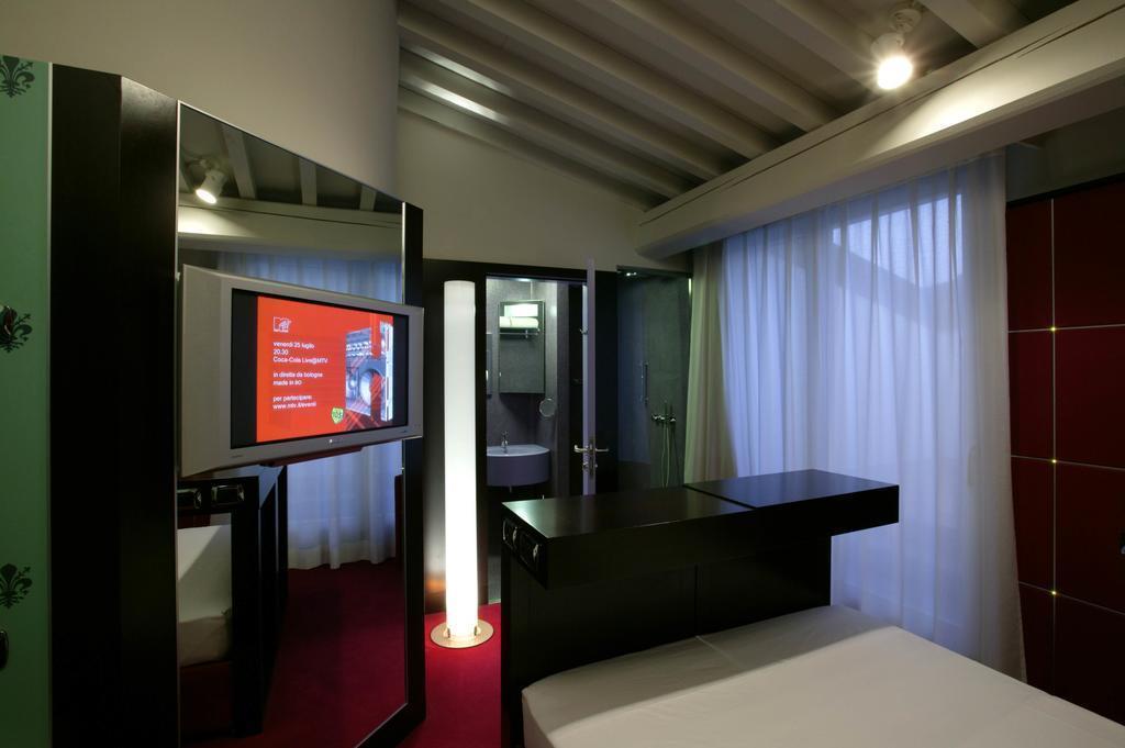 Una Hotel Vittoria Флоренция