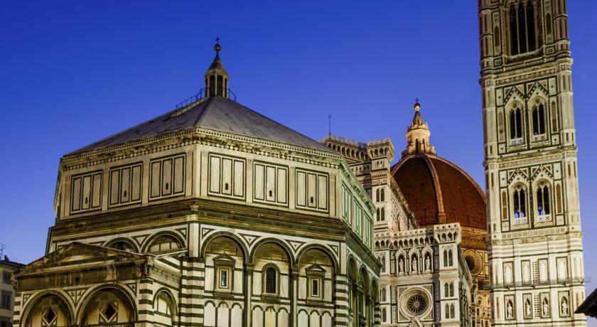 Фото Tornabuoni Beacci Италия Флоренция