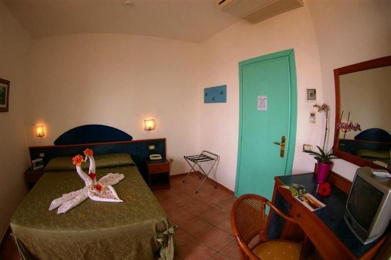 Фото Hotel Residence Sciaron Италия Капо Ватикано