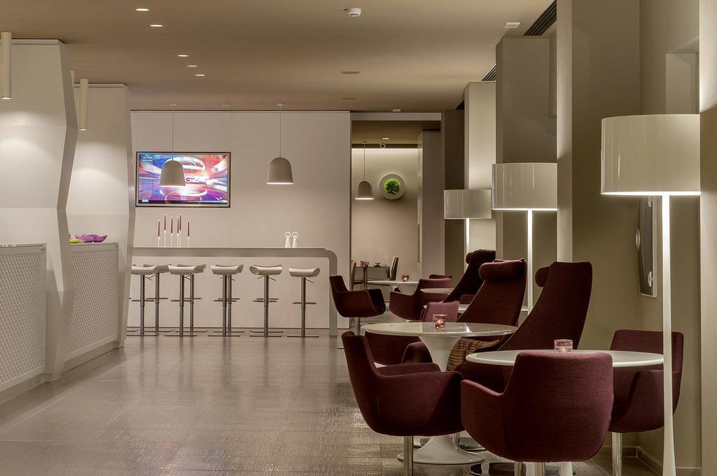 Отель 8 Piu Hotel Италия Лечче