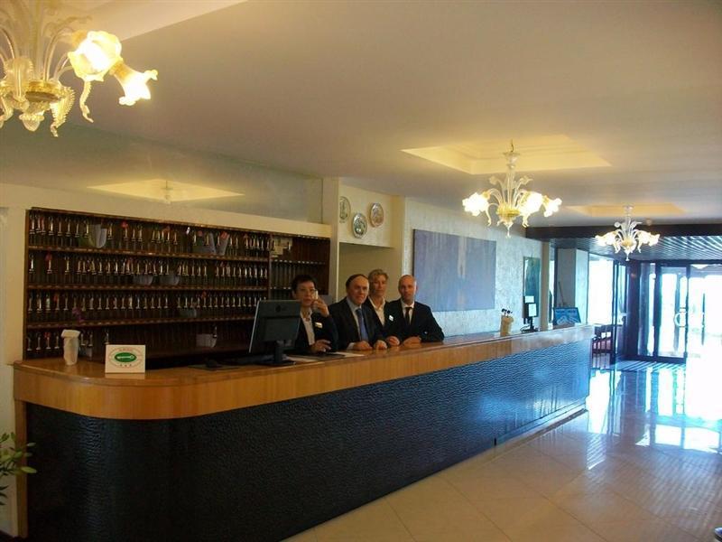 Отель Caravelle & Minicar Италия Лидо ди Езоло