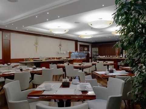 Отель NH Ambasciatori Лигурия