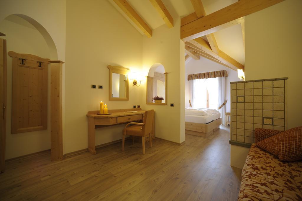 Ambiez Residencehotel Мадонна-ди-Кампильо