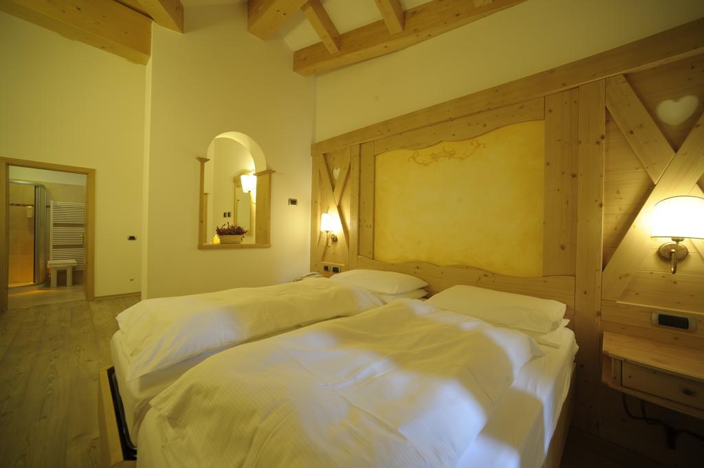 Фото Ambiez Residencehotel Мадонна-ди-Кампильо