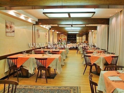Отель Italo Италия Мадонна-ди-Кампильо