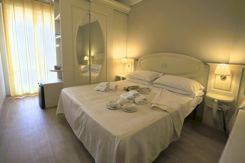 Фото Mocambo Hotel (San Benedetto Del Tronto) Италия Марке