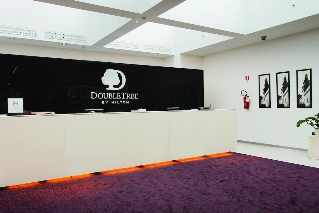Doubletree By Hilton Milan Милан