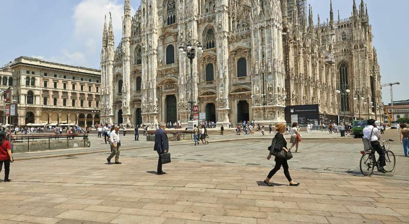 Фото Town House Duomo Италия