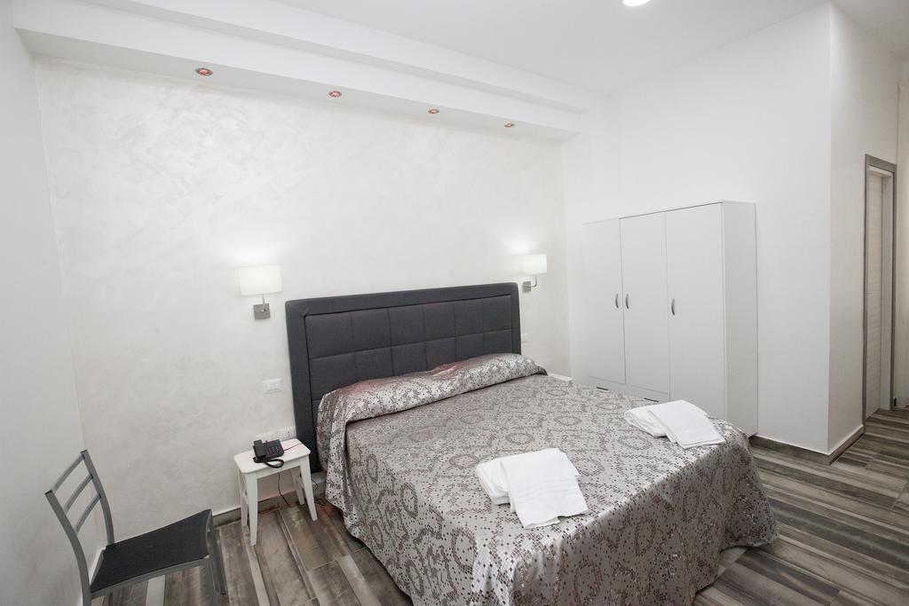 Отель Orsa Maggiore Италия Неаполь