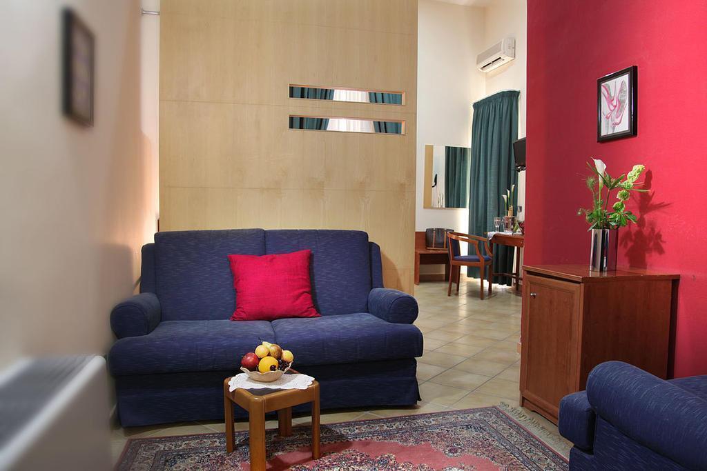 Отель Caravaggio Hotel Италия Неаполь