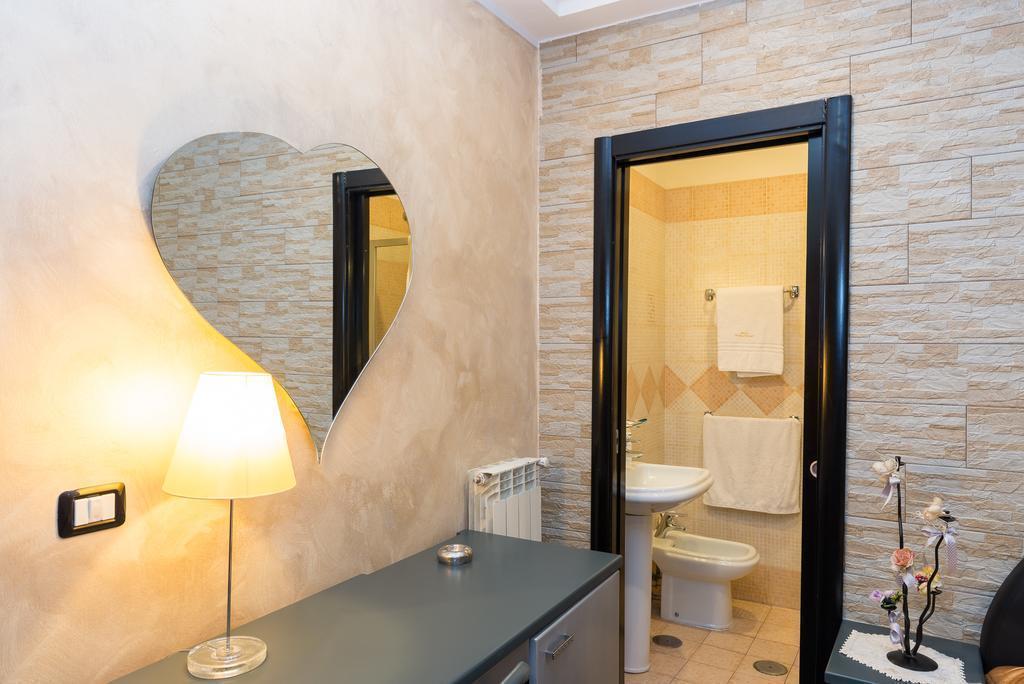 Отель Bella Napoli Неаполь