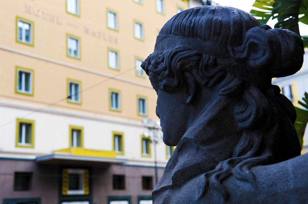 Hotel Naples Неаполь